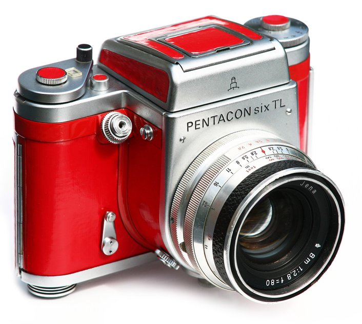 Pentacon Six red